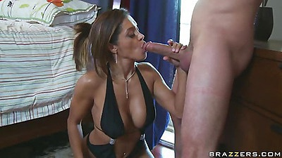 Brunette hot milf Francesca super smoking hot