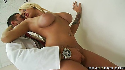 Busty Lylith gets abused by the doctor in hispital