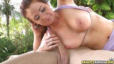 Auroura has 33dd natural big tits