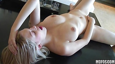 She spanks herself and makes her pussy pink