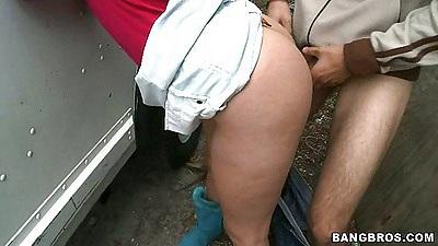 Cute latina Esperanza Rojas fucked outdoors