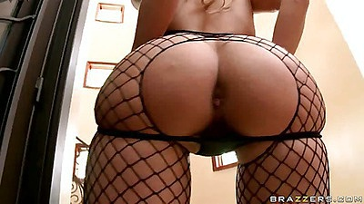 Riley Evans in fishnets close up ass view