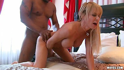 Doggy style interracial white milf pussy fuck