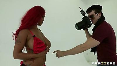 Lavish is doing a nice half nude photshoot