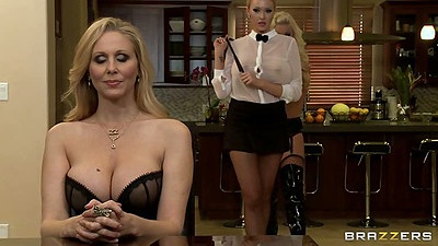 Hot lesbian sexy babes Julia Ann and Britney Amber with Summer Brielle