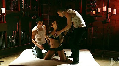 Two dudes attacking Gracie Glam and fucking her