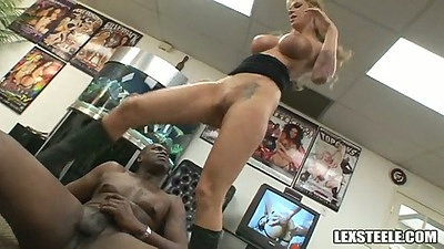 Big tits blonde whore Brooke Banner mounts a giant black dick