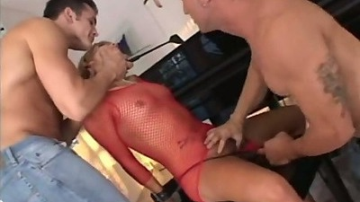 Threesome sex and cock sucking with Amber Wild