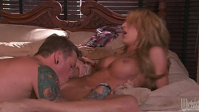 Amy Brooke pussy licked and front penetration close