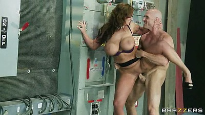 Eva Notty gets fucked by the electric closet