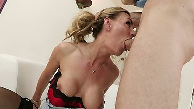 Deep throat with Tanya Tate getting throat fucked in bathtub