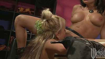 Briana Blair and Alektra Blue lesbians eating trimmed pussy