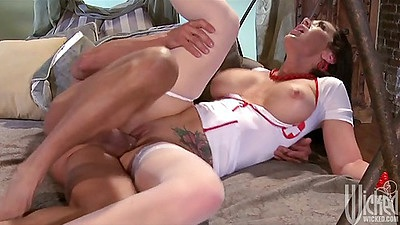 Sideways fucking shaved pussy nurse doctor Jayden Jaymes and doggy style