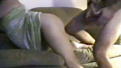 Doggy style sex with gf in home video