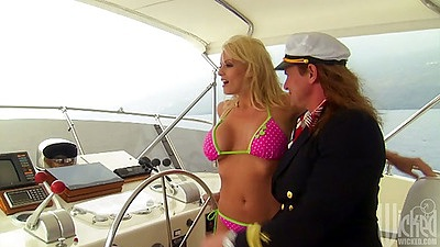 Bikini slut Stormy Daniels on a private boat sucks dick