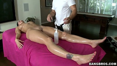 Oil massage with Ava Addams getting comfortable