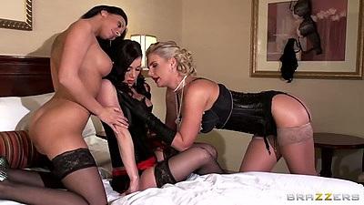 Group lingerie lesbian women Kendra Lust and Phoenix Marie with Rachel Starr