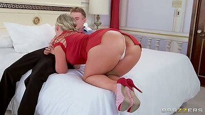 Sexy milf Phoenix Marie comes on to guy at private party and gives head