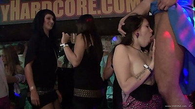 Sucking girls with sex on stage at this spring break fiasco
